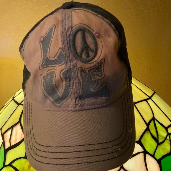 Woman's baseball cap